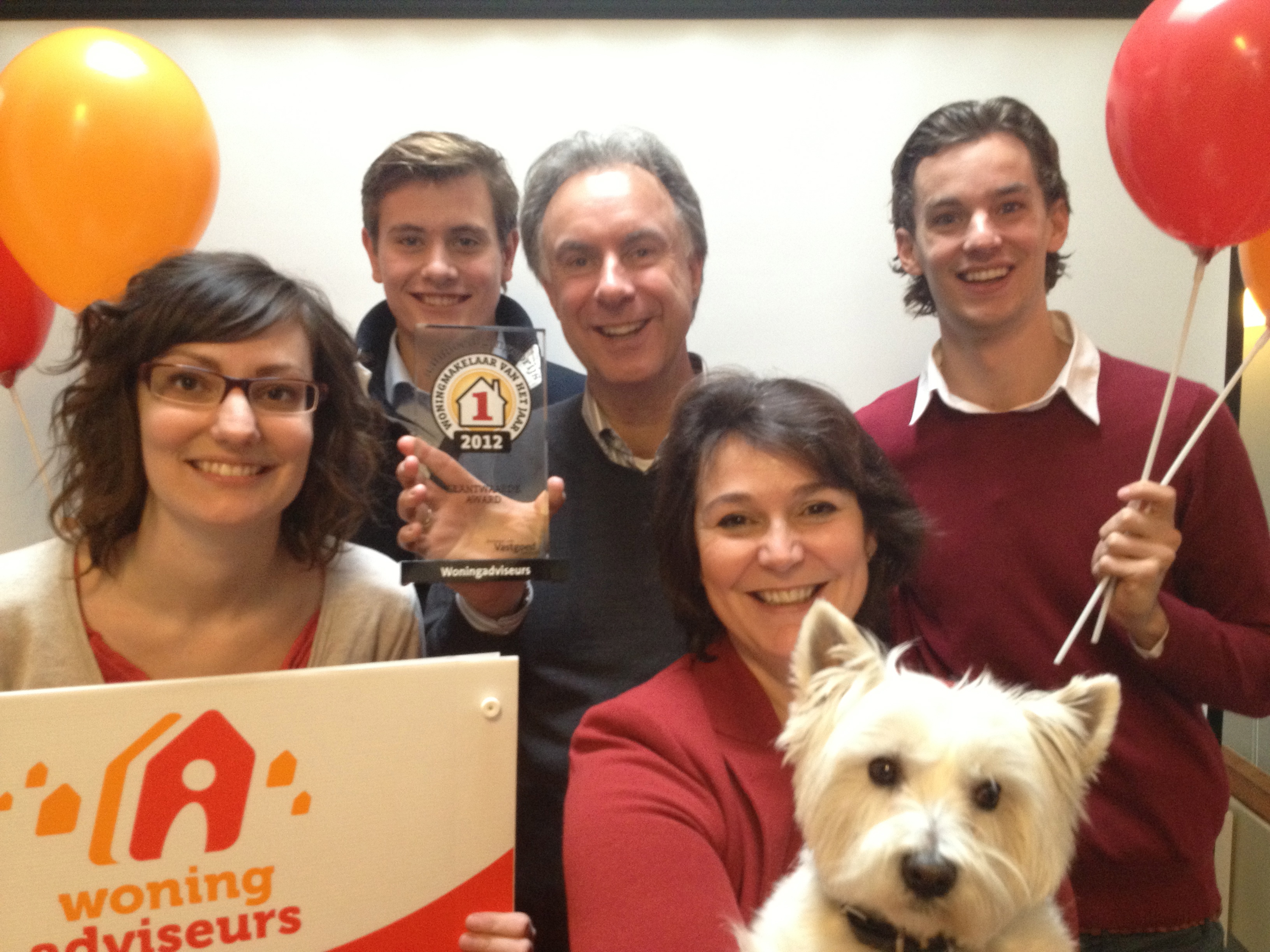 Woningmakelaar van het jaar: Team Woningadviseurs wint Klantwaarde Award