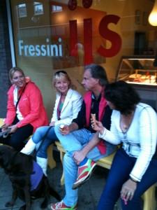 Fressini IJs (lekkerste ijs van Zeist) bood alle deelnemers een ijsje aan